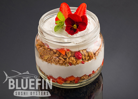 YOGURT CREAM GRANOLA - Exclusive from BLUEFIN. Order your delivery!